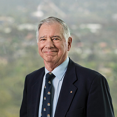 Prof Harry Poulos photo